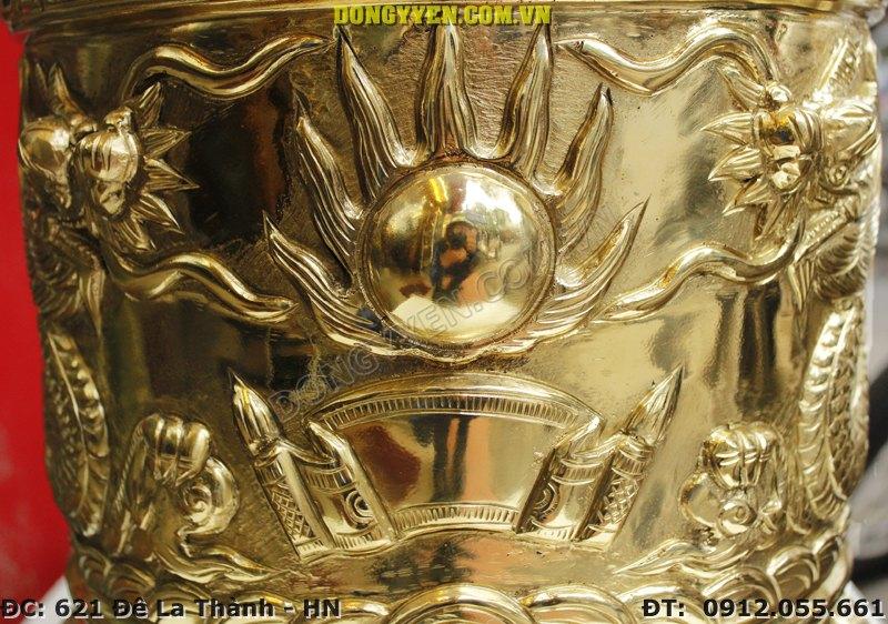 Mặt nguyệt trên bát hương đồng vàng35cm