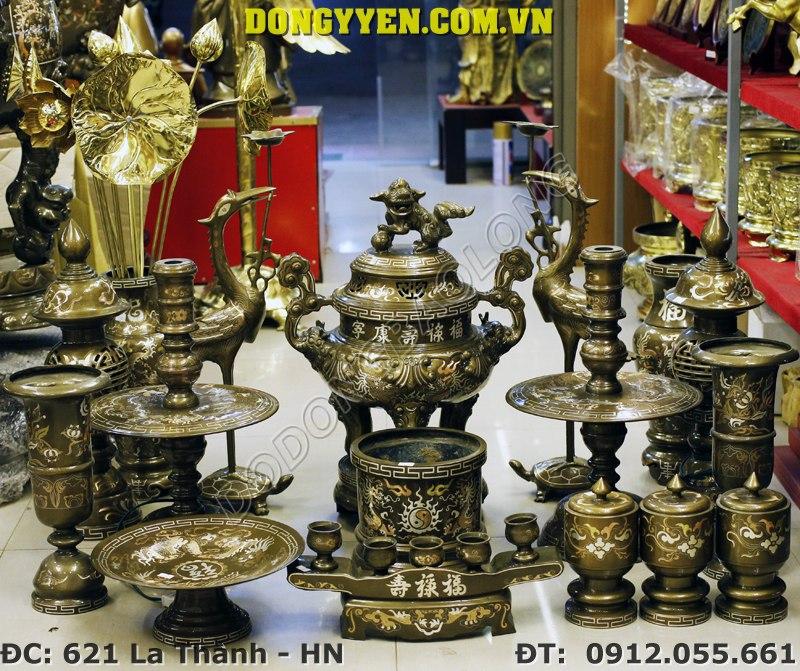 Bộ đồ thờ bằng đồng khảm tam khí