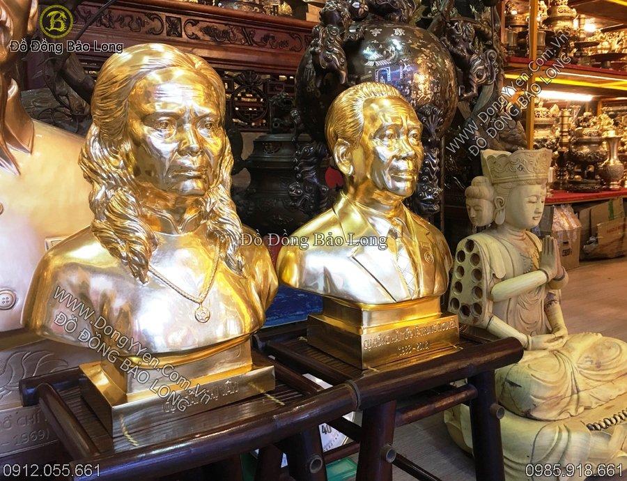 tượng chân dung cao 42cm dát vàng 9999
