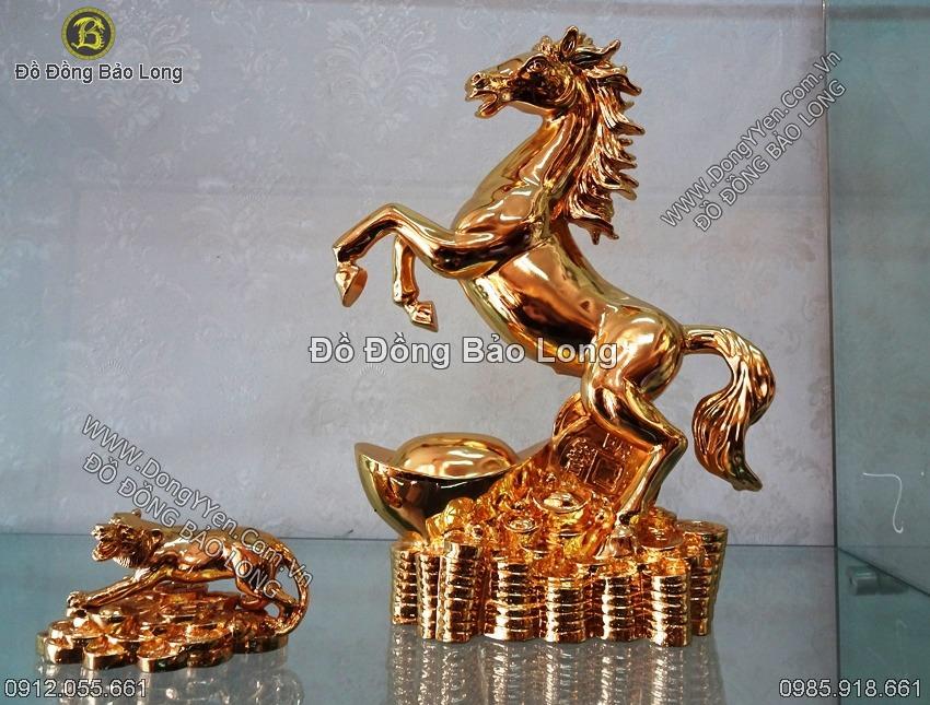 tượng ngựa  mạ vàng 24k cao 35cm