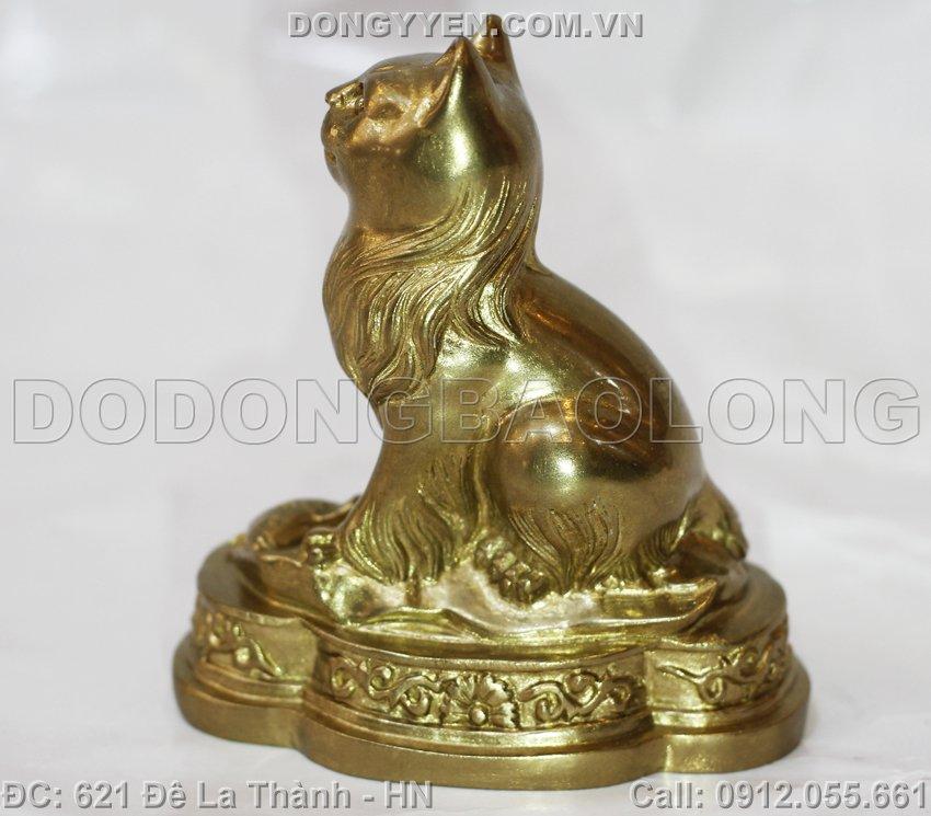 Con Mèo Bằng Đồng Nhỏ