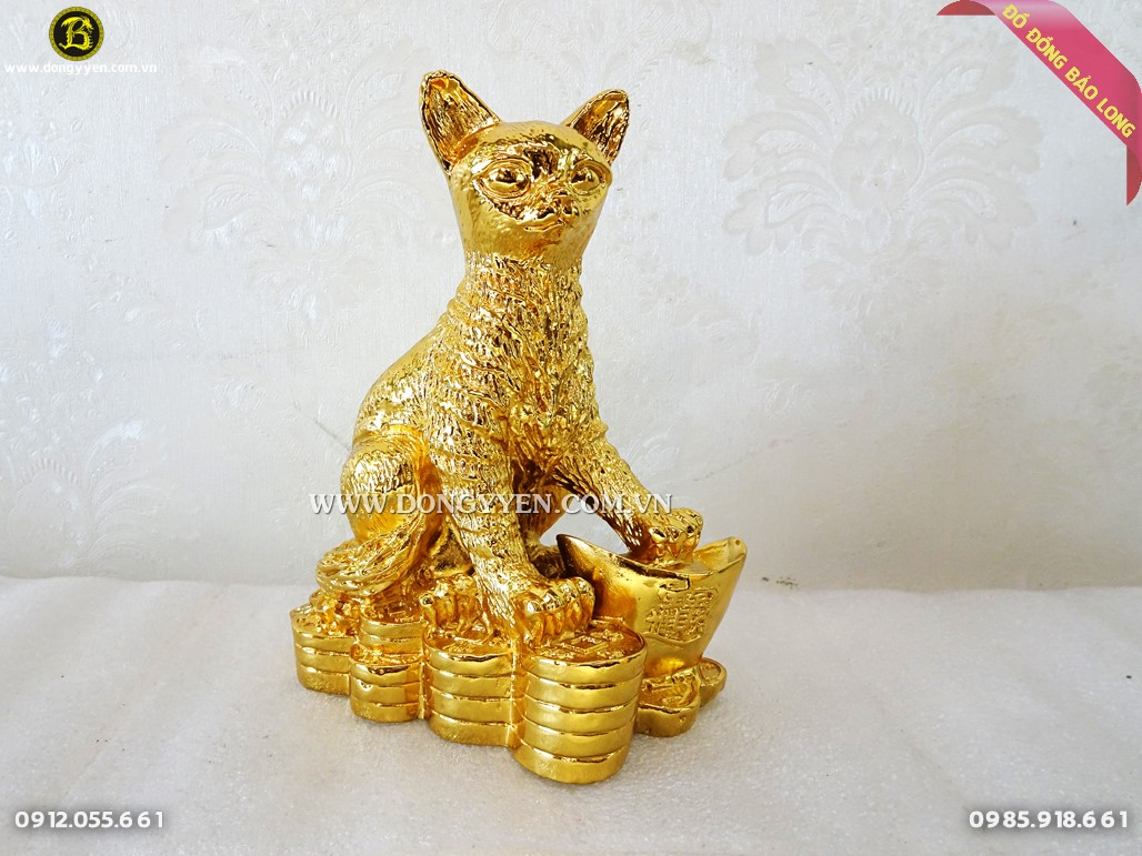 mèo đứng trên tiền cao 16cm mạ vàng 24k
