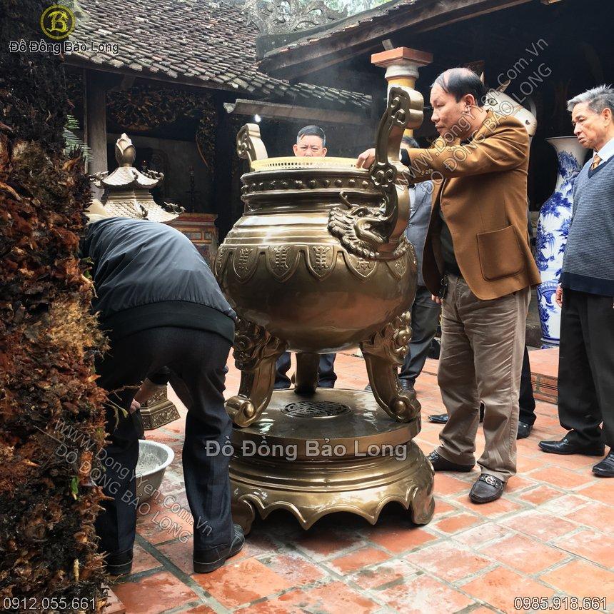 Đúc Lư Đồng 1m5 Cho Đền Thờ Nguyễn Xí