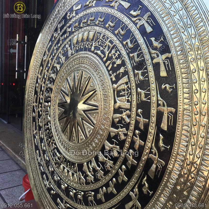 Hoa văn trên mặt trống đồng 1m