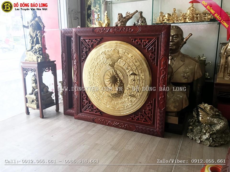 mặt trống đồng bản đồ mạ vàng 24k khung hương 1m08 được vận chuyển về Quảng Nam