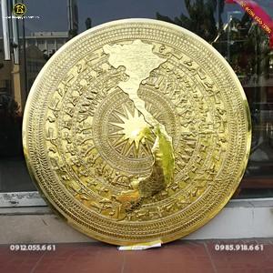 Mặt Trống Đồng Bản Đồ Việt Nam 1m27 cho khách Trà Vinh