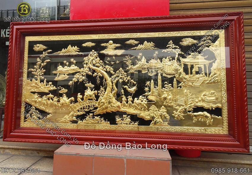 tranh vinh quy bái tổ khung gỗ hương mạ vàng 24k 1m97