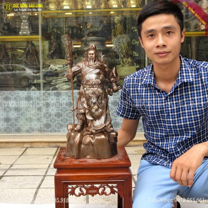 Tượng Quan Công Đứng Chống Đao Bằng Đồng Khảm Tam Khí 48cm