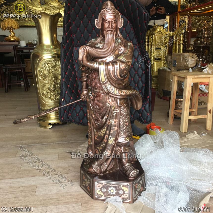 tượng quan công vuốt râu đứng cao 90cm khảm tam khí
