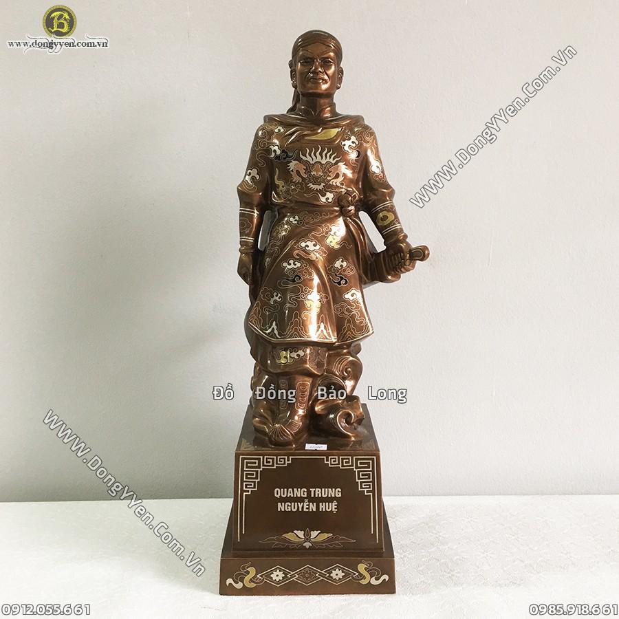 Tượng Quang Trung Nguyễn Huệ Khảm Tam Khí 56cm