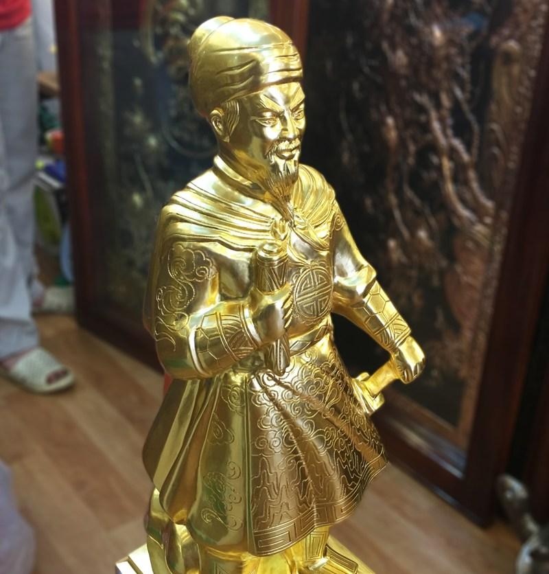 Tượng Trần Hưng Đạo Dát Vàng 9999 70cm