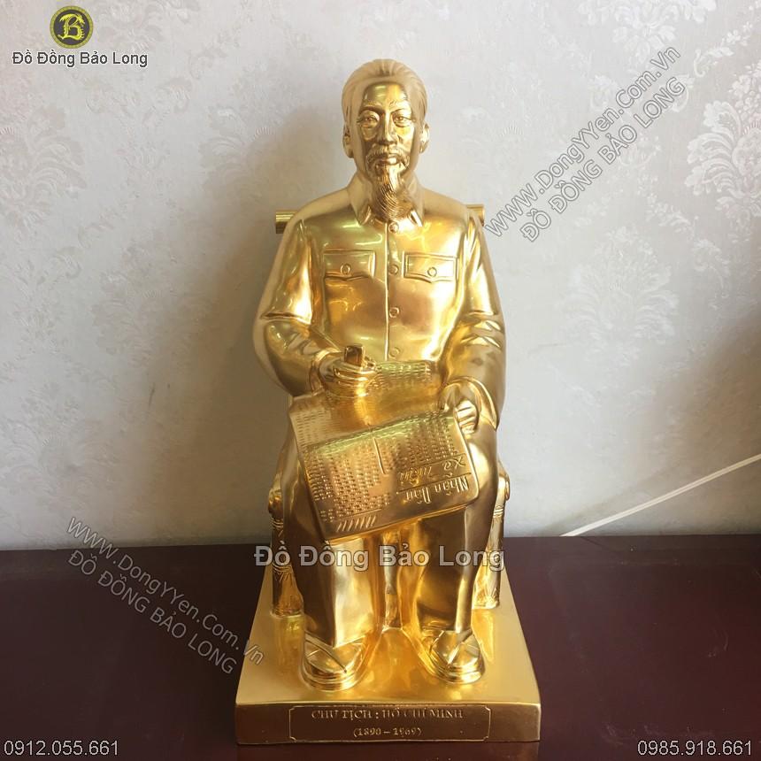tượng bác hồ ngồi ghế mây đọc báo cao 42cm dát vàng 9999