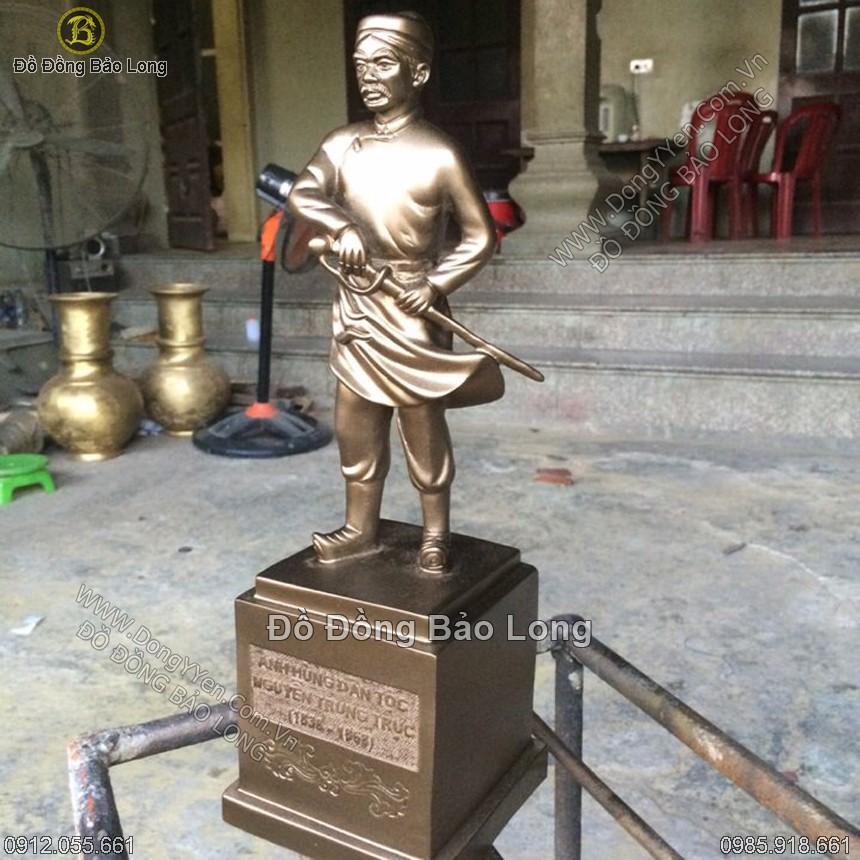 Tượng Đồng Anh Hùng Nguyễn Trung Trực