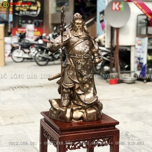 Tượng Quan Công đứng chống đao Khảm Tam Khí 69cm