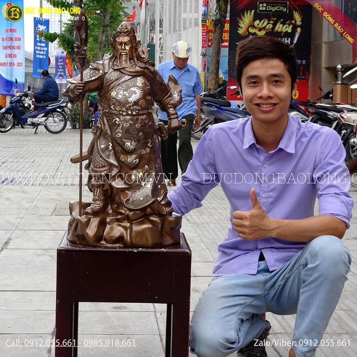 Đúc Tượng Quan Công Khảm Tam Khí Cao 69cm Cho khách Hà Nội