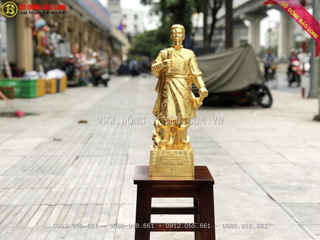 tượng trần hưng đạo bằng đồng dát vàng 50cm