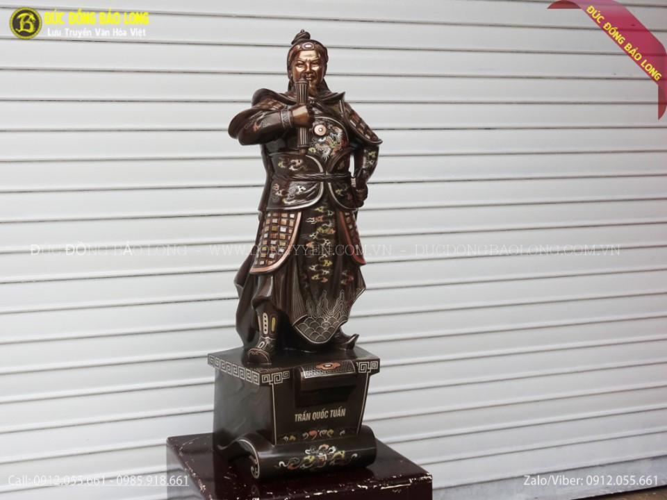 tượng trần hưng đạo khảm
