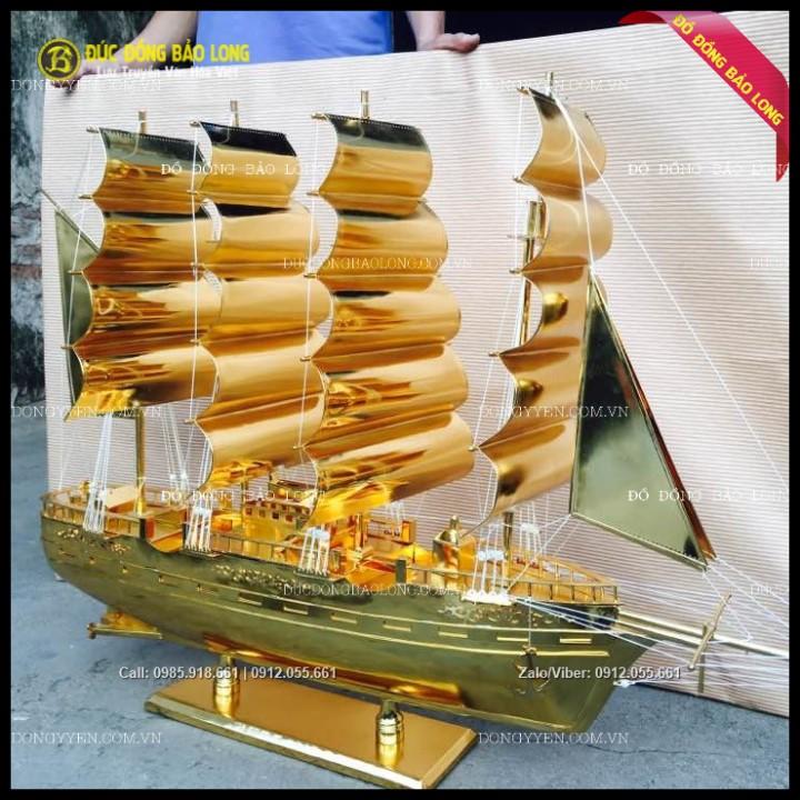 Mô Hình Thuyền Buồm Bằng Đồng Mạ Vàng 24k