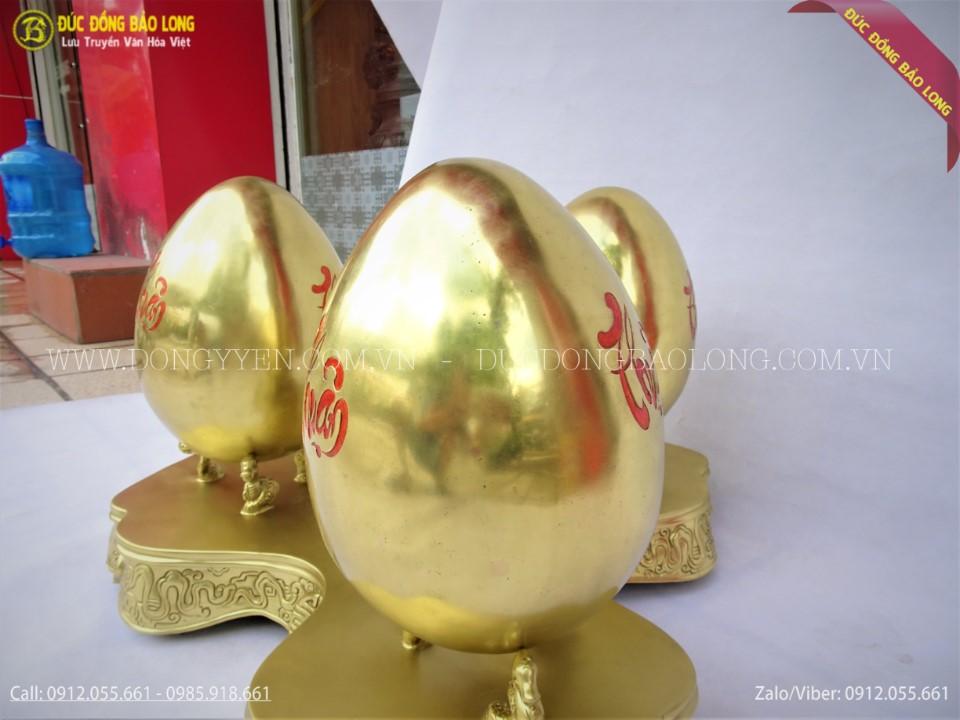 kệ trứng bằng đồng